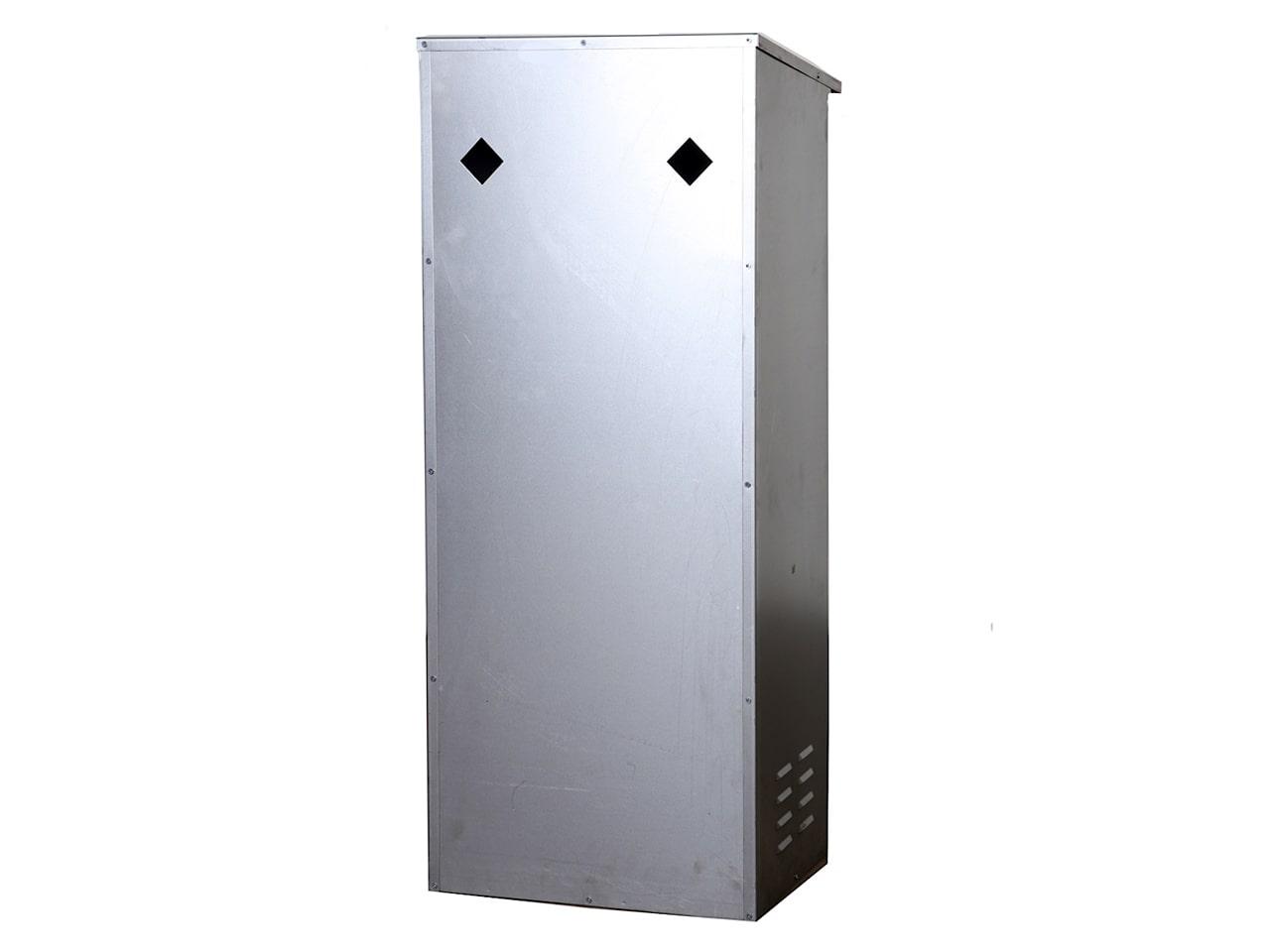 Металлический шкаф для газового баллона с креплением к стене